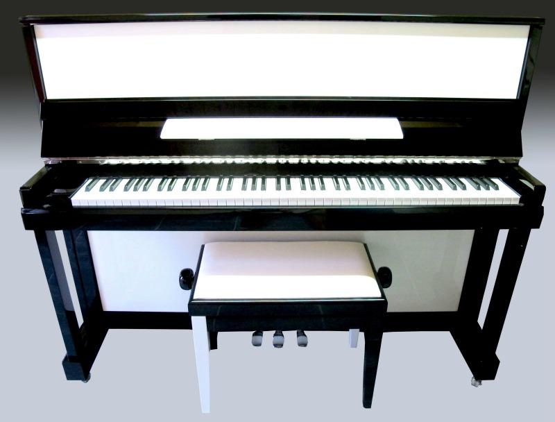 Piano design noir et blanc designed toulouse la mi du piano - Bar piano blanc et noir ...